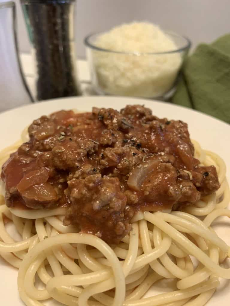 Slow Cooker Spaghetti Sauce with noodles.